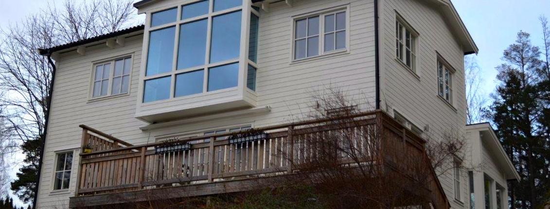 Bild på villa med taklyft